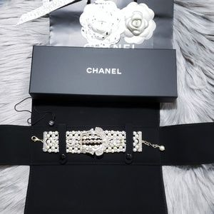 New 2017 Authentic CHANEL Exquisite Pearl Bracelet